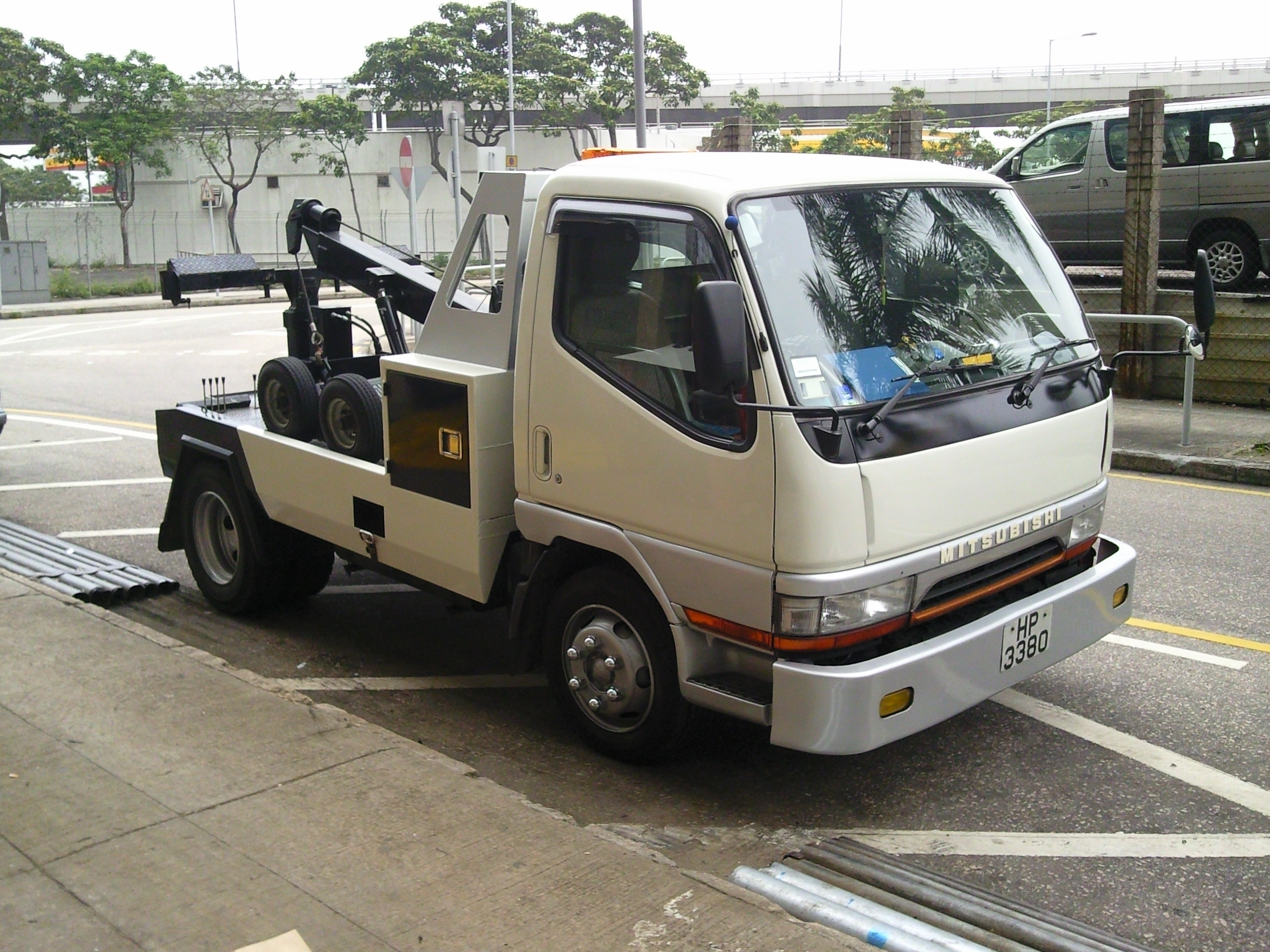 拖車服務 信悅汽車維修有限公司 Auto Project L